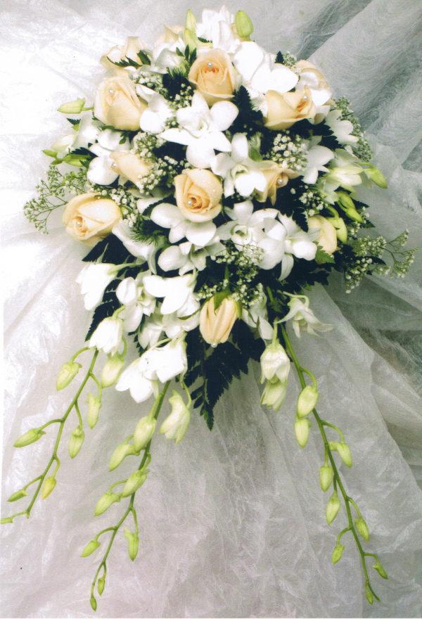 novia-ramo-cascada